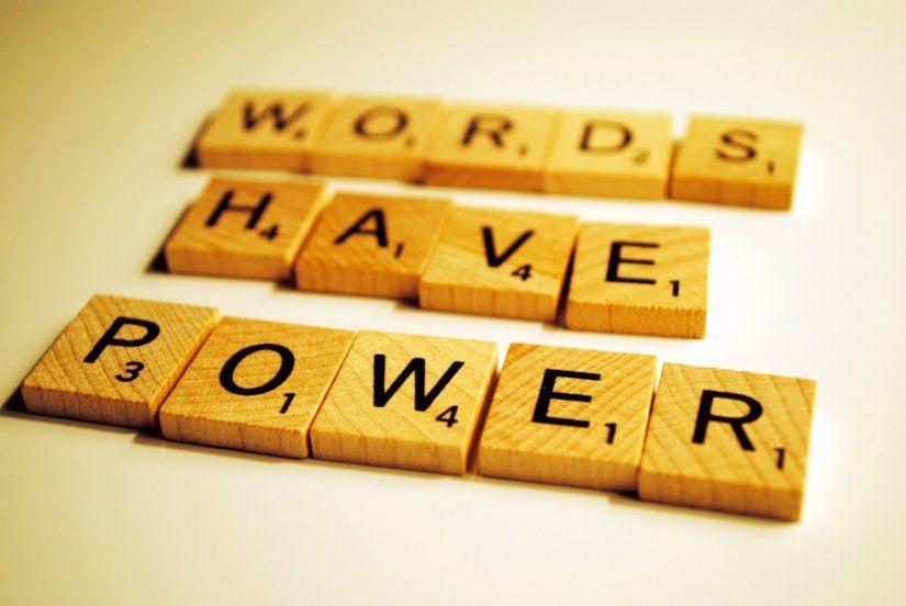 Entérate de qué hablamos cuando hablamos de power words y potencia los artículos que tienes alojados en tu CMS. Piensa en SEO.
